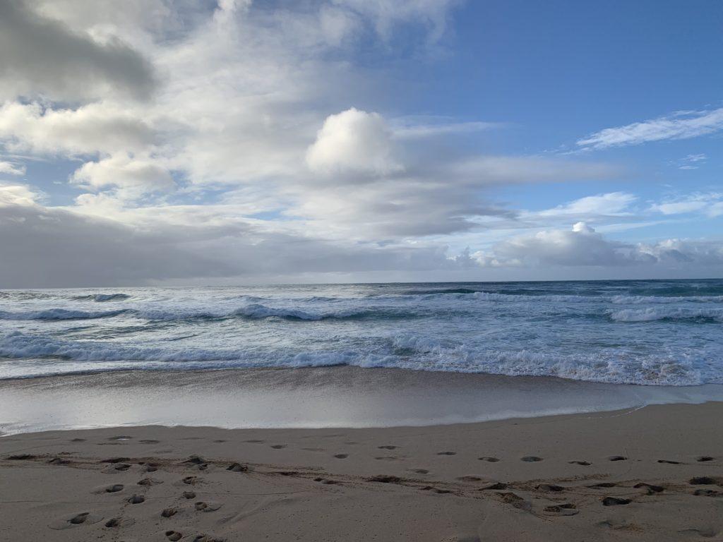 Banzai_Pipeline_Ocean_Surf
