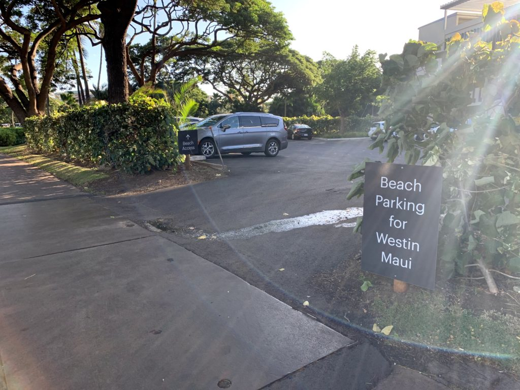 Ka'anapali Beach Access Parking at Hotels