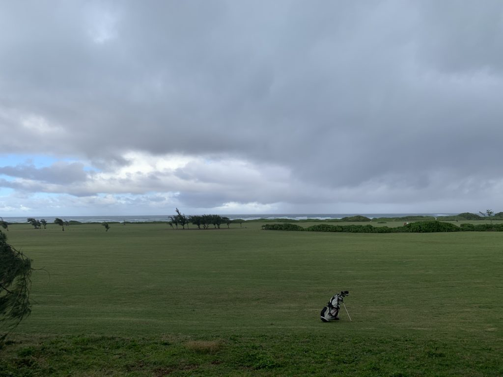 Kahuku_Beach_View_Behind_Golf_Course