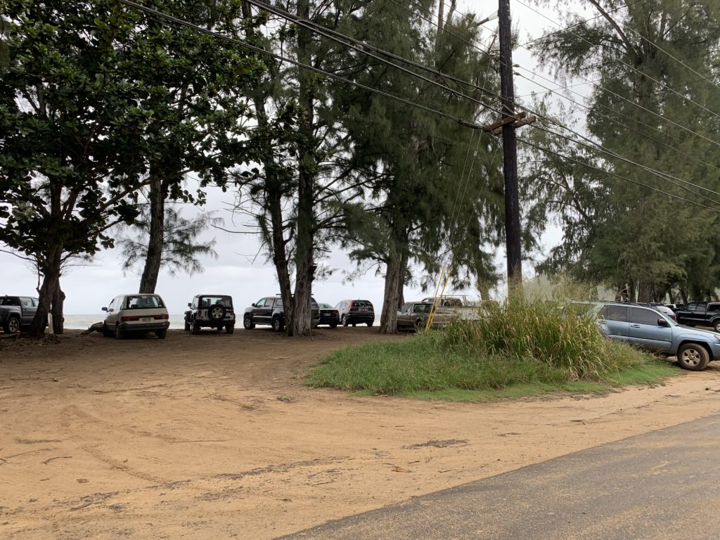 Kalihiwai_Beach_Parking