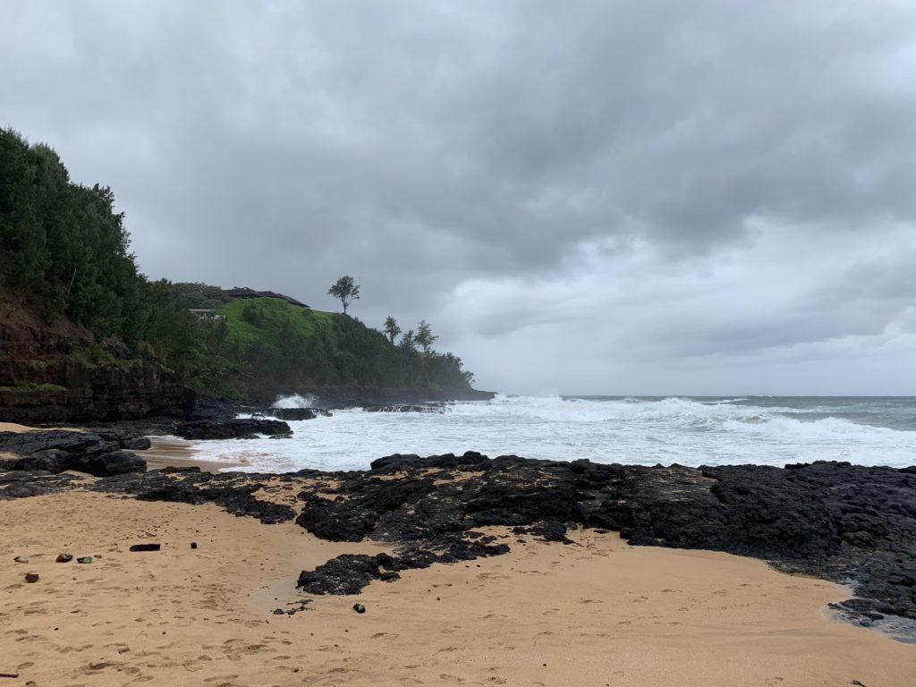 Kauapea_Beach_Lava_Tide_Pools