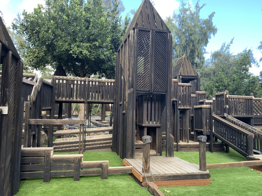 Lydgate_Beach_Park_Playground_View