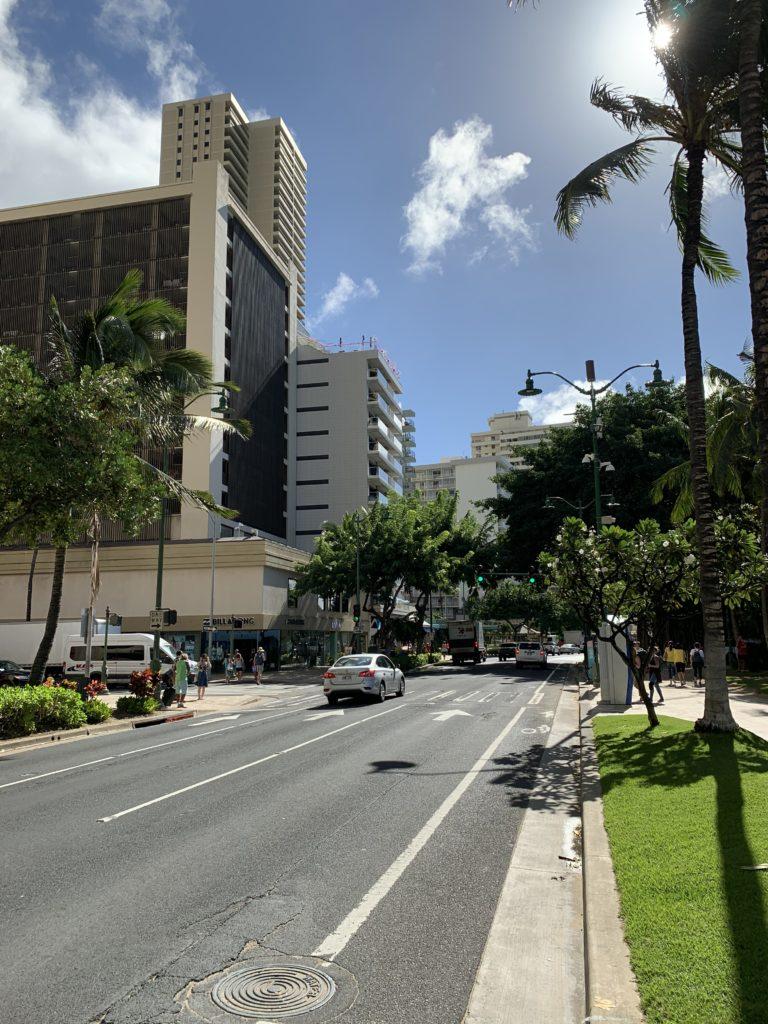 Waikiki_Beach_West_Street_View